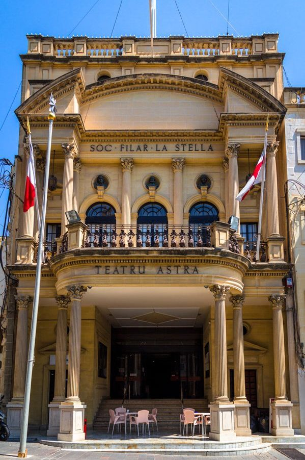 Fassade des Astra-Theaters in Victoria/Gozo