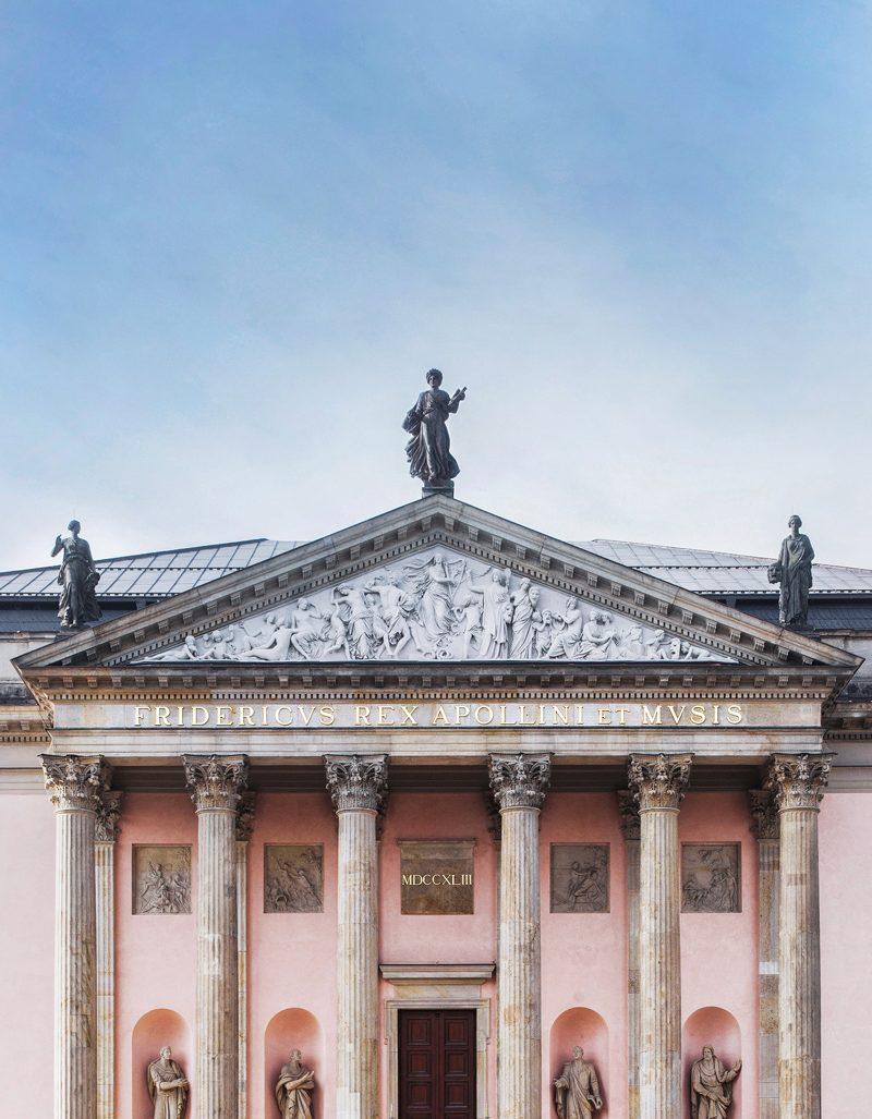 Staatsoper Berlin, Portikus