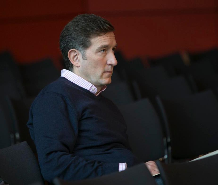 """Robert Blank, Leiter des WDR Rundfunkchores, verfolgt das Symposium """"Stimme und Neue Musik"""""""
