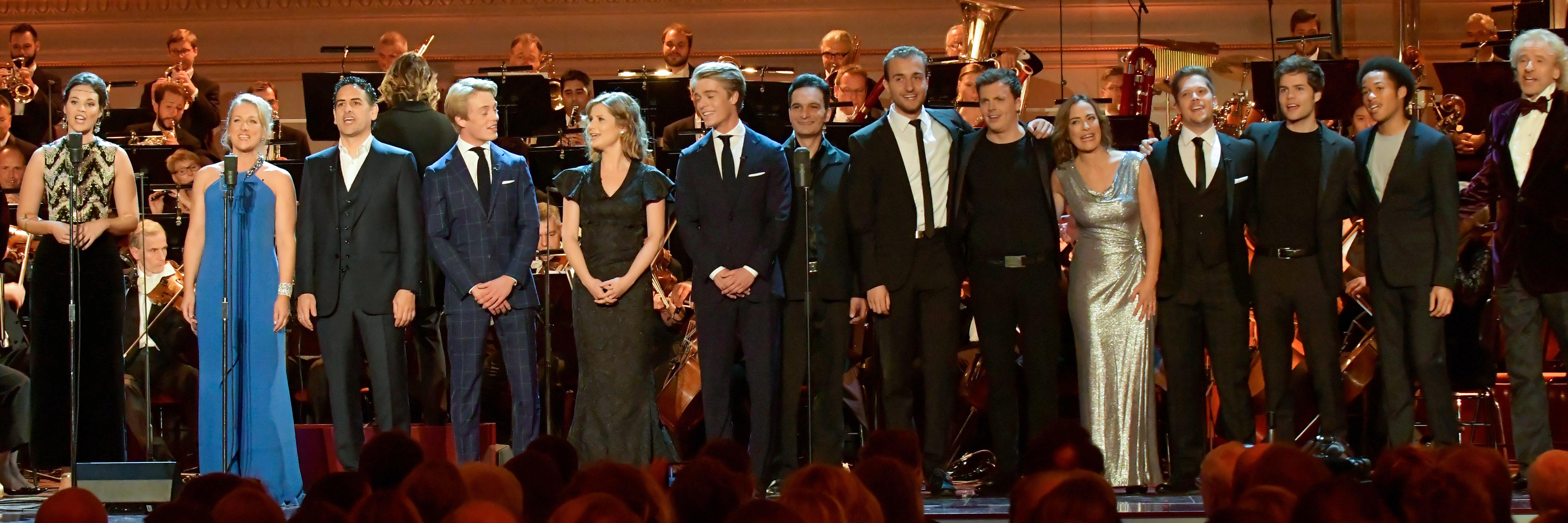 OPUS-Klassik. Beim Finale der Gala standen viele Preisträger gemeinsam auf der Bühne