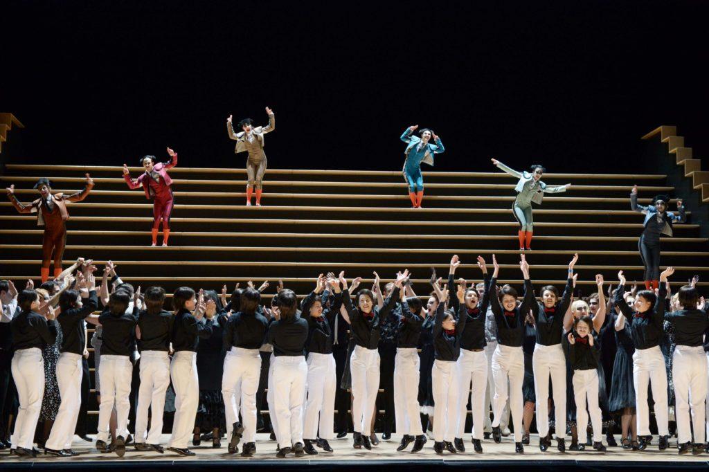 """Szene aus """"Carmen"""" an der Oper Frankfurt"""